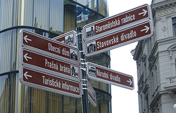 directional-outdoor-signs